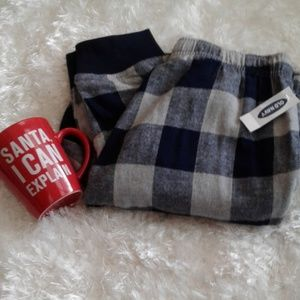 New with tag Old Navy Sleeping Pants sz small